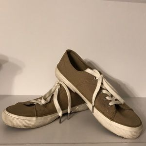 Preowned Ralph Lauren Sneakers